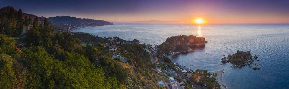 /resources/quick-sell-experttravel/2020/0701/Italy-panoramic-landscape-photography-showing-Isola-Bella-Beach-in-Taormina-Sicily-Italy-panoramic-landscape-photography-by-landscape-photographer-Matthew-Williams-Ellis.jpg
